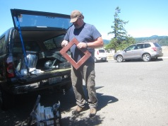 Mike_Ranger_at_his _mobile_frame_shop